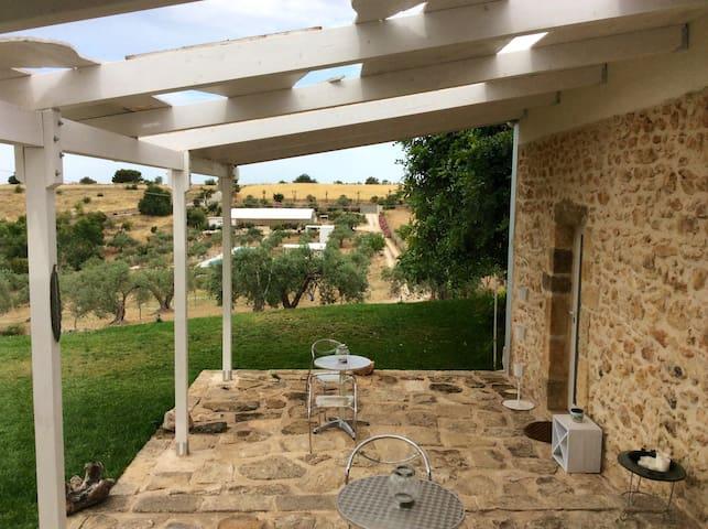 Monolocale - dammuso, tra gli ulivi - Chiaramonte Gulfi - Villa