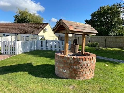 Hartpury, Fairfeilds cottage tranquil setting