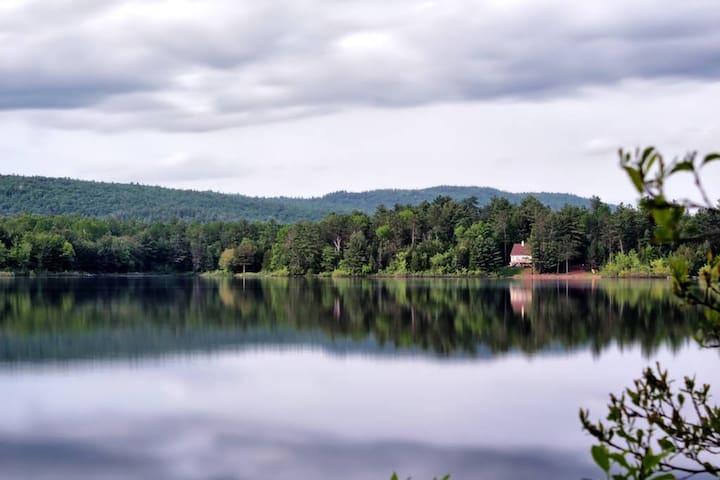Riverfront cottage  - Sheenboro - Rumah