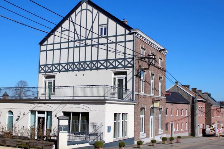 Delightful Holiday Home in Voeren near Forest