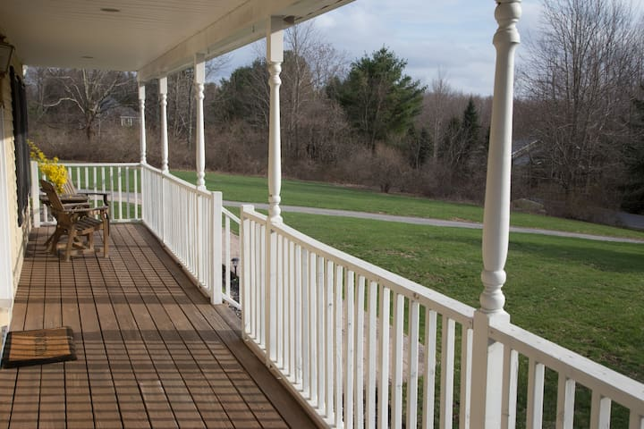 Large Family Friendly home with tranquil porch