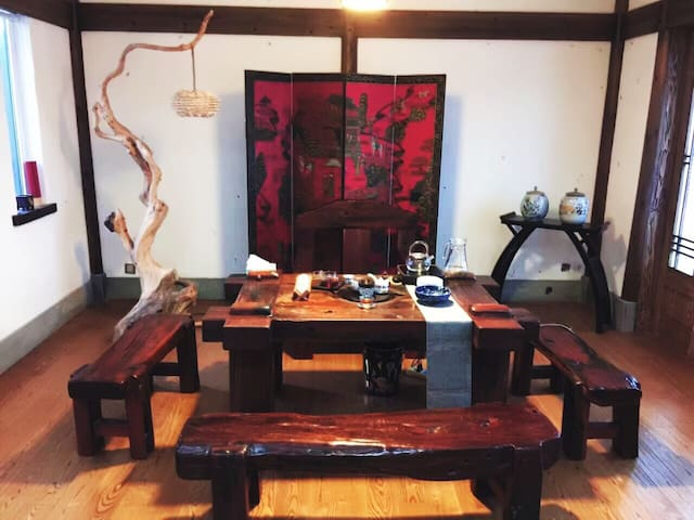 Two people bedroom with private BR - Huangshan - Huis