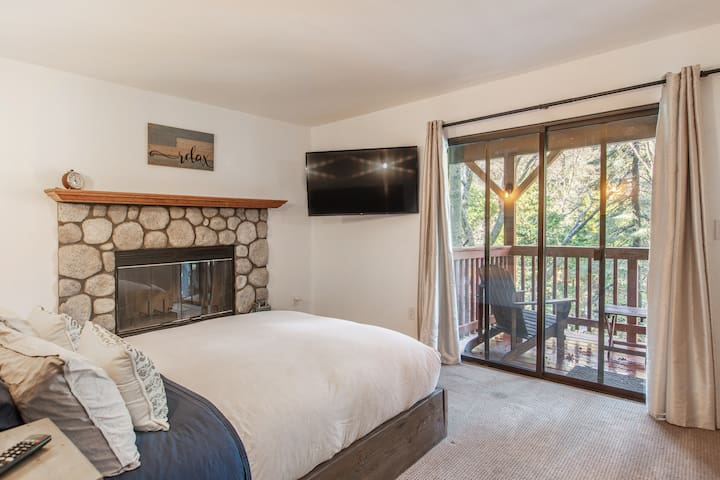 Middle Level - Master Bedroom - Queen Bed with Fireplace and Private Deck and Smart TV