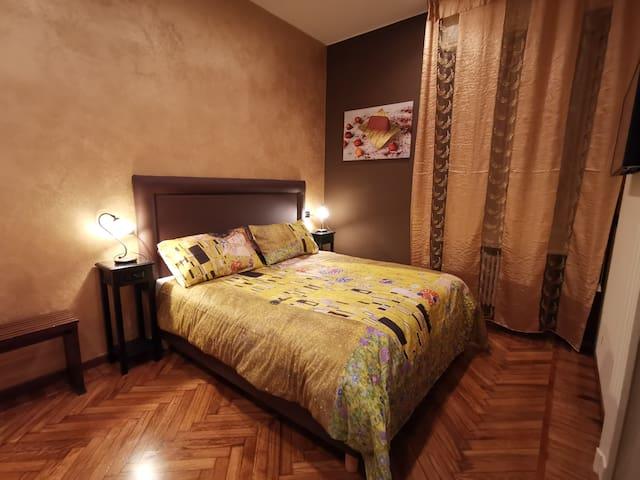 Camera3 in villa d'epoca comoda per visitar Torino