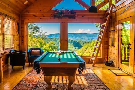 Gorgeous Views ★ Luxury Resort ★ Now Open!