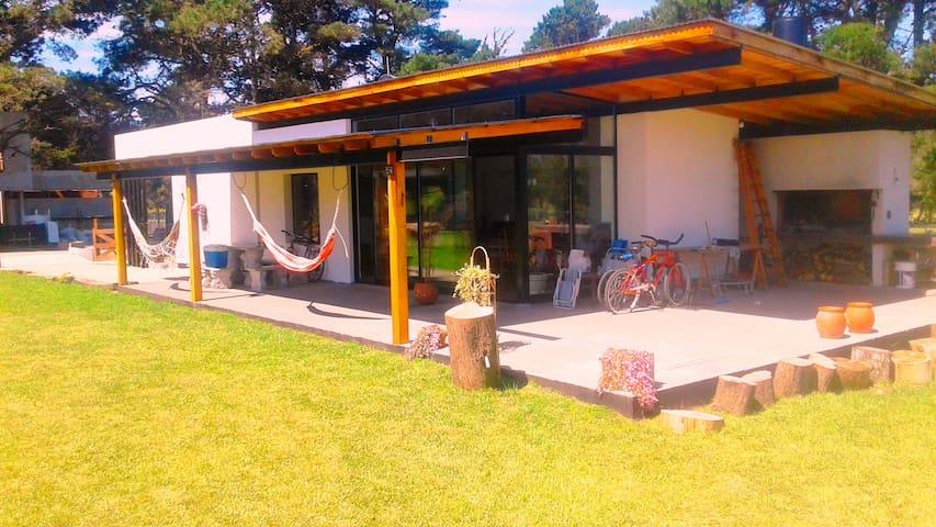 Alquilo Casa. B° Privado. Mar del Plata. Chapadmal - Mar del Plata - House