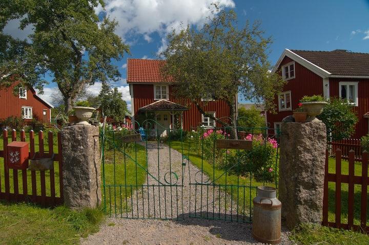 Bullerbyn - Mellangården - Astrid Lindgren