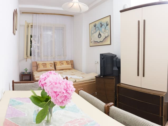 Private room for couple!!! - Ohrid - Huis
