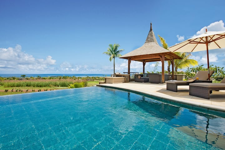 Fully-Equipped Luxury Villa with Private Infinity Pool + Access Facilities at Partner Resorts