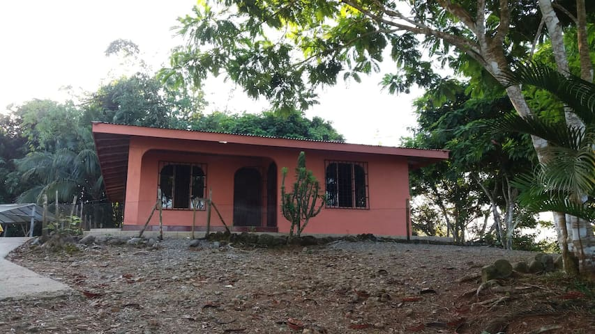 Casa de hospedaje y relajacióna