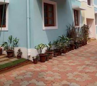 5 -Holy Cross Home Stay's - Studio Apartment Goa. - Lakás