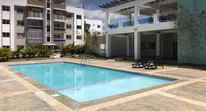 Apartmento amueblado lujoso y comodo con piscina