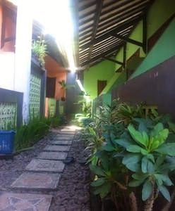 Senggigi Hill View Homestay - West Lombok Regency - Bed & Breakfast