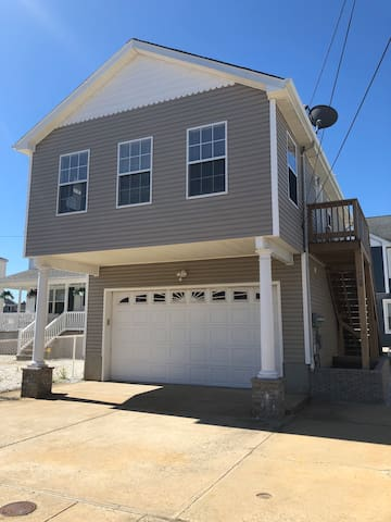 Private renovated home in Seaside Heights