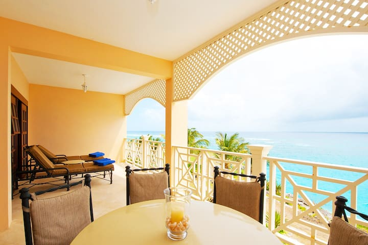 Ocean Front Luxury Private Apartment 5* Resort