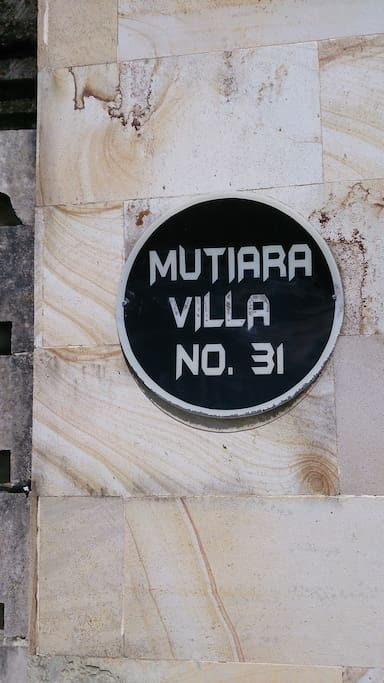 Name and house number of the villa