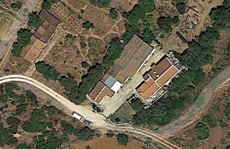 Zona no campo na aldeia de almadena - Luz - Ev