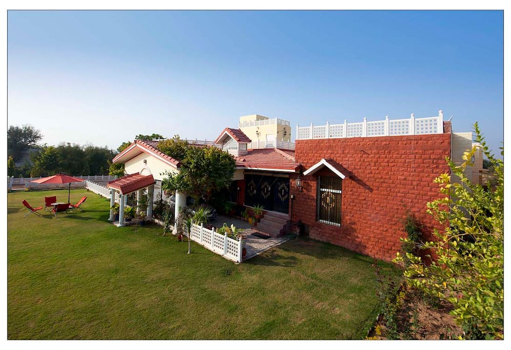 Colonels Cottage Bungalows For Rent In Jodhpur
