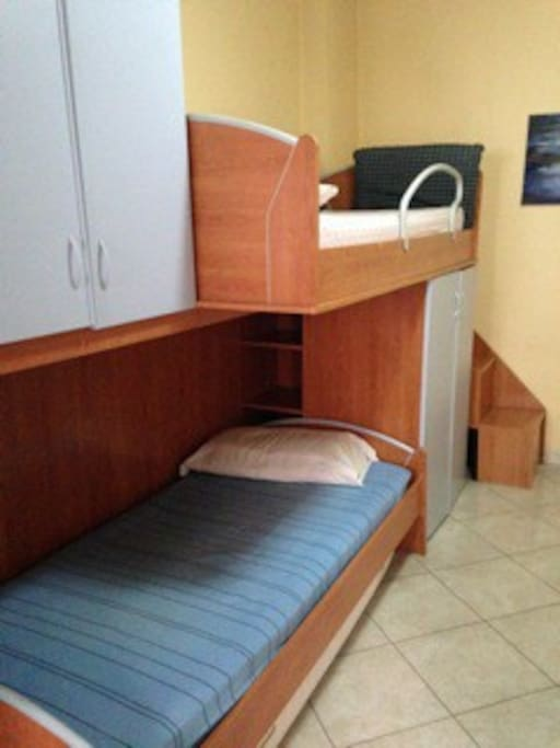 Room with 2 bunk beds and 1 more bad if needed.