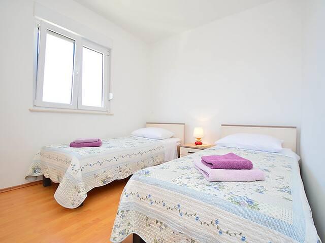 New, Vila ANDJELKA, Apartment A1 - Brodarica - Apartment