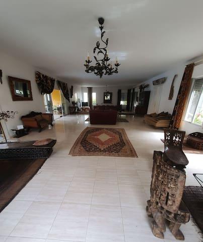 Villa paisible avec piscine aux Almadies/Ngor