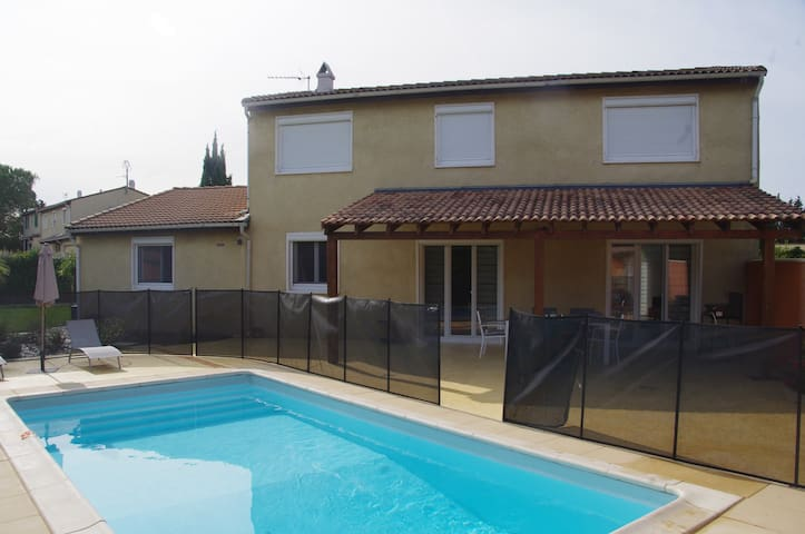Superbe villa piscine 6/8