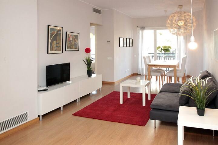 Mitre Diagonal Apartment with balcony