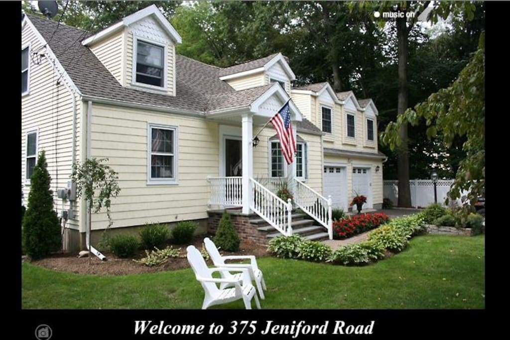 Bright Private 1 000 Sq Ft 1 Bedroom Apartment Apartments For Rent In Fairfield