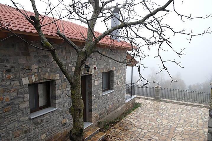 Oreini Nafpaktia Houses - 60m²