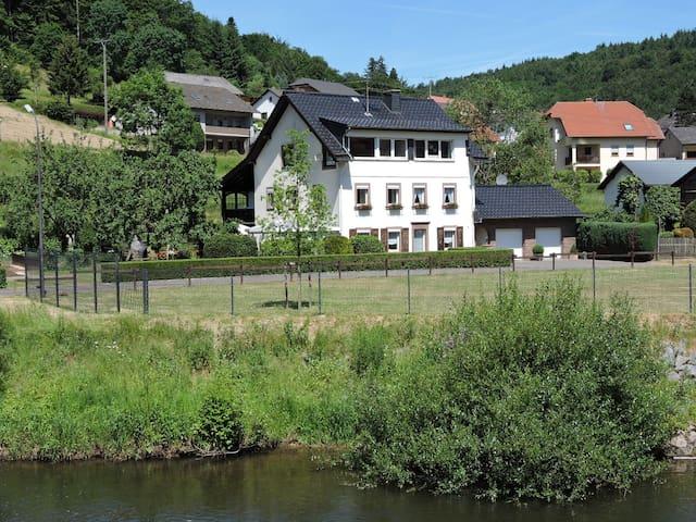 """Ferienwohnung """"An der Kyll"""" - Sankt Thomas - อพาร์ทเมนท์"""