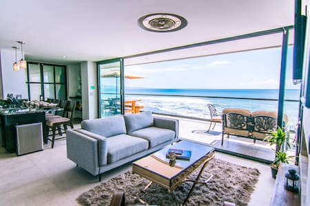 Ultra-Modern Cliffside Condo w/Sweeping Ocean View