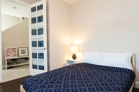 Waterside Townhouse Room with Double Bed - Redwood City