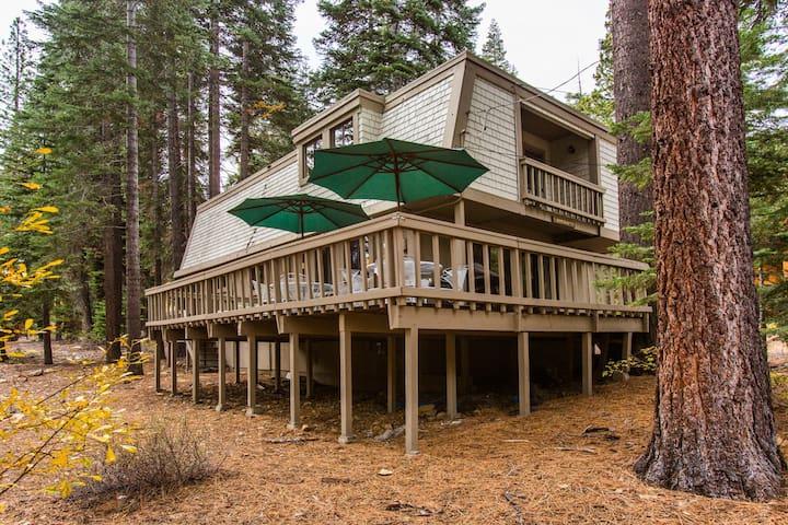 4 Bedroom Cabin - Close to Lake, Dog Friendly - Carnelian Bay - Haus