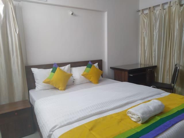 Luxury Room Near EON IT kharadi