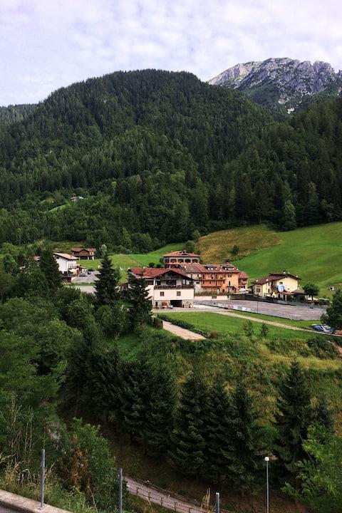 mountain Apart in Piccolo paese, fresh clean air