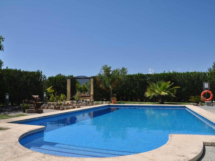 Artigues, Country house in Santa Maria del Cami, Mallorca