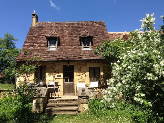 Lo Cretsou, 8 pers holiday home - Simeyrols - Hus