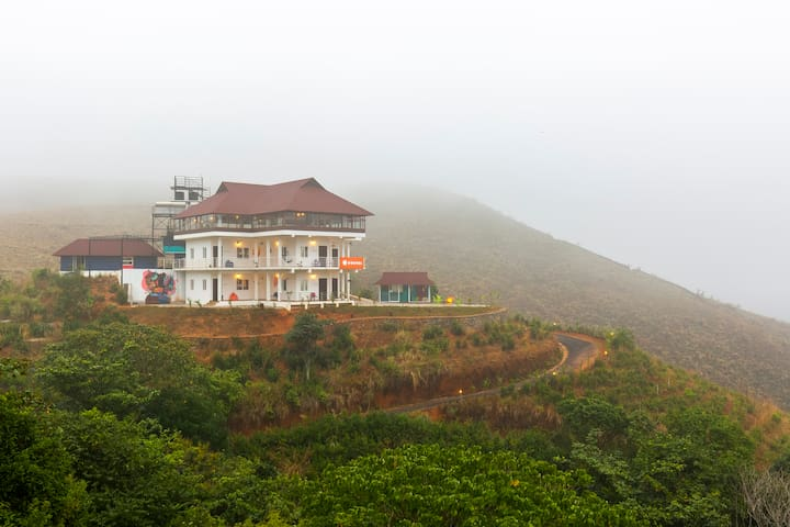 Deluxe Private Room in Vagamon