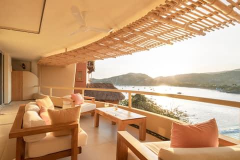 Enjoy Sunsets at Romantic Luxury 1BR Condo