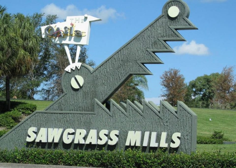 Walk to sawgrass mall and shop