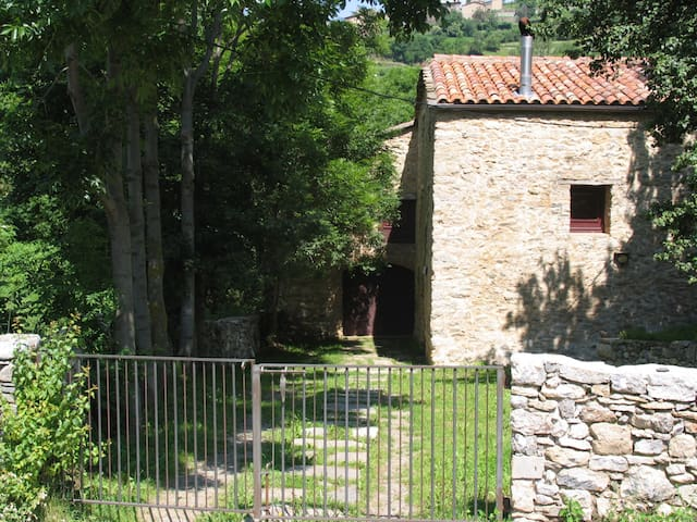 Typical mountain cottage in Pardines. Pyrenees