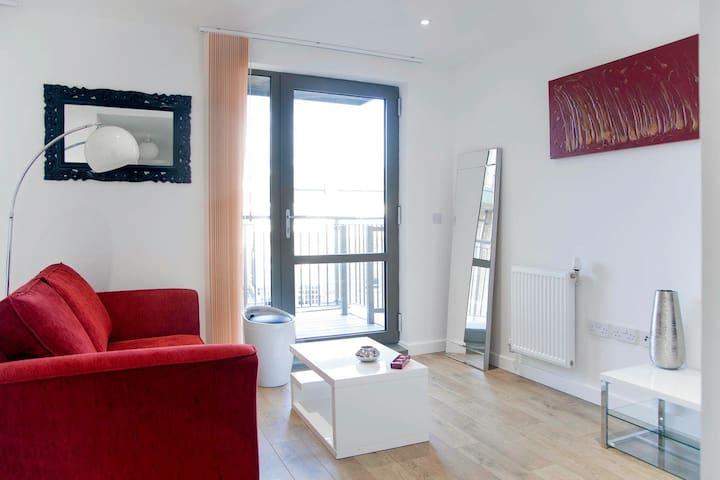 Beautiful flat near the Thames and Westminster