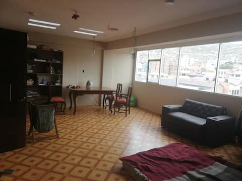 Hermosa suite caliente en el centro de Oruro.