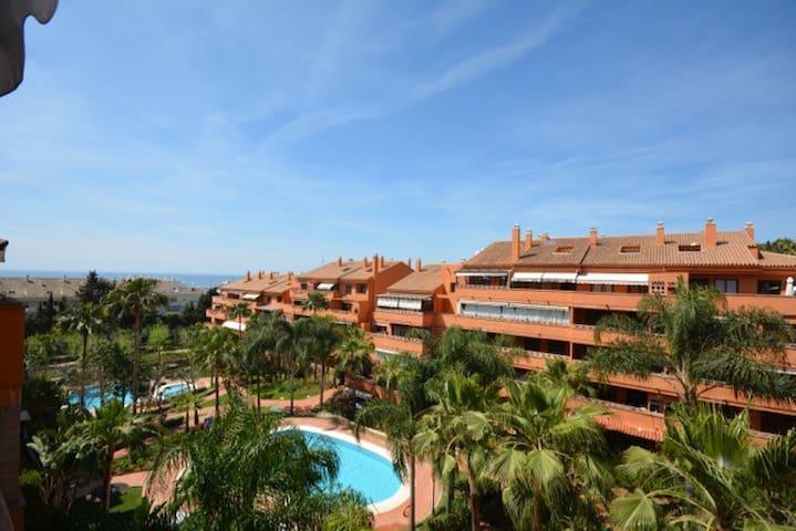 Golden mile - terrace + views + walking distance.