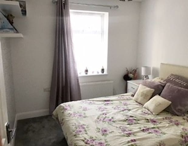 Double room in Eastergate near Goodwood & Fontwell