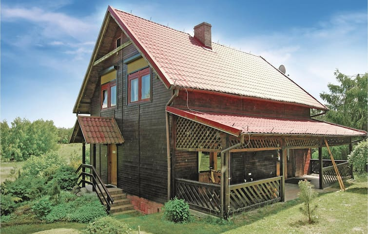 Holiday cottage with 5 bedrooms on 112 m² in Ostaszewo