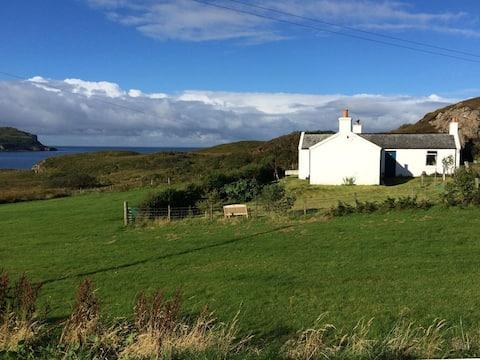 """The Cedars"" croft cottage Portnalong Isle of Skye"