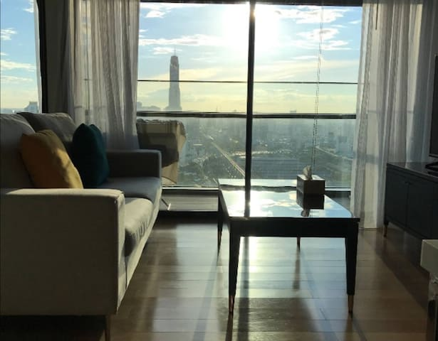 New! 29F Sukhumvit NANA spacious 1BR 2PPL near BTS