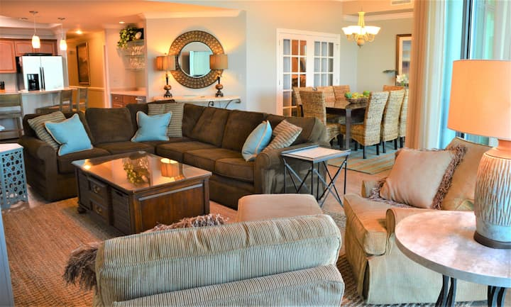 """Fantastic Rates! BOOK NOW""""DIRECT GULF FRONT"""" 3BR/4BA Unit 1807*sleeps 10"""