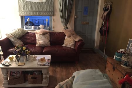 Home from Home 5 minutes from Beach - Ramsgate - Haus